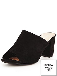 so-fabulous-sara-extra-wide-fit-block-heeled-mule-black