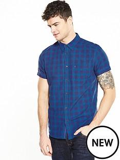 wrangler-short-sleeve-one-pocket-check-shirt