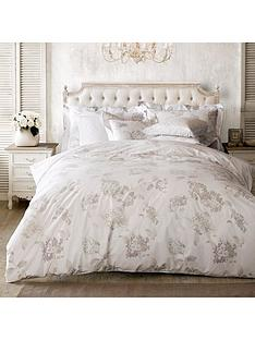 holly-willoughby-hydrangea-double-duvet-cover