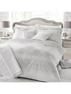holly-willoughby-iva-double-duvet-cover