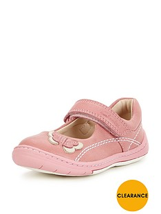 clarks-softly-wow-first-shoe