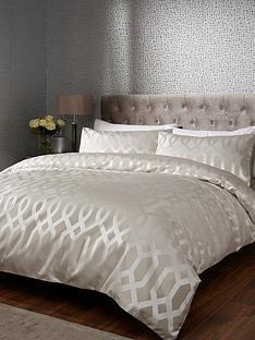 ideal-home-florence-geometric-jacquard-duvet-set-ks