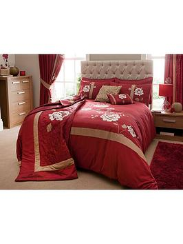 Savannah Bedding Range  Claret