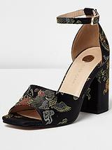 Tulip Block Heel Sandal - Black