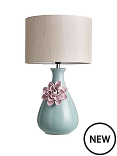 homespun-flower-table-lamp