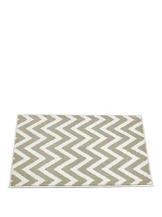 chevron-bath-mat-in-natural
