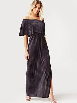 girls-on-film-crinkle-maxi-dress