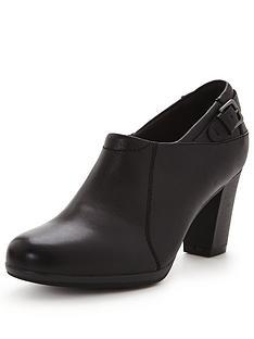 clarks-brynn-harper-shoe-boot