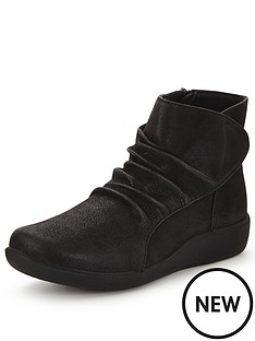 clarks-sillian-chell-leather-ankle-boot