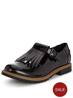 clarks-wide-fit-griffin-mia-wear-2-ways-flat-shoe-black-patent