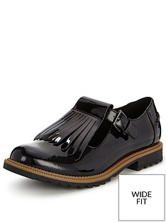 clarks-wide-fit-griffin-mia-wear-2-ways-flat-shoe-black-patent