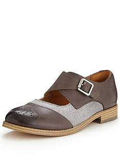 clarks-zyris-nova-leather-shoes-grey