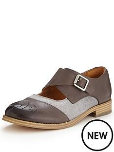 clarks-zyris-nova-leather-shoes-grey