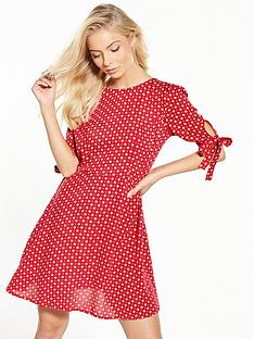 v-by-very-printed-tie-sleeve-tea-dress