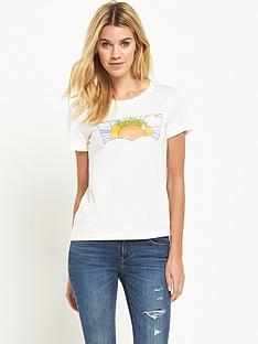 levis-perfect-graphic-t-shirt-white