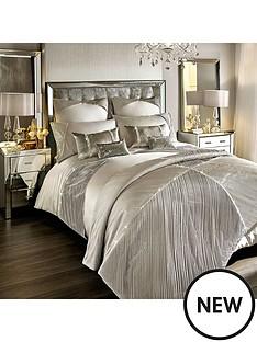 kylie-minogue-omara-bedspread-throw
