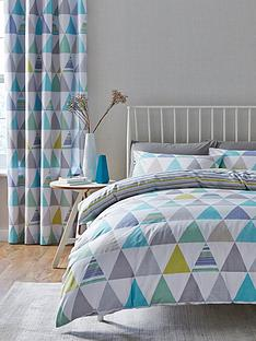 catherine-lansfield-geo-triangles-duvet-set