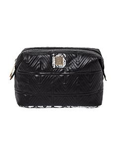 river-island-quilted-make-up-bag