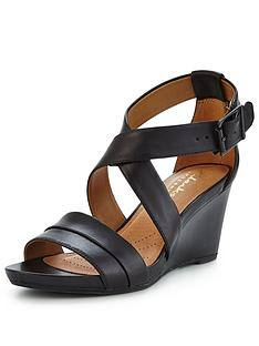 clarks-acina-newport-low-wedge-sandal