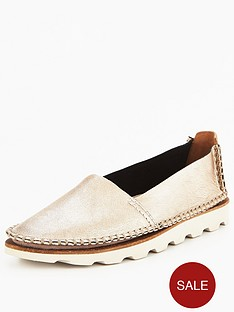 clarks-damara-chic-espadrille-gold-metallic