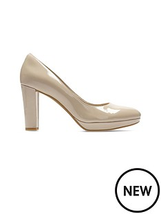 clarks-kendra-sienna-patent-court-shoe