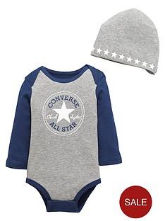 converse-baby-boy-bodysuit-and-hat-set