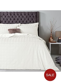 hotel-collection-soft-touch-circles-duvet-cover