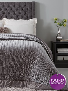 hotel-collection-luxury-velvet-bedspread-throw-and-shams