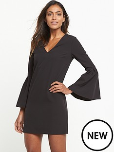 miss-selfridge-miss-selfridge-flute-sleeve-bar-back-shift-dress