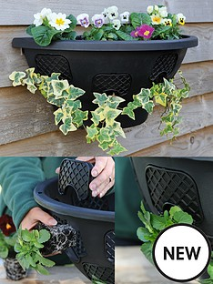 thompson-morgan-easy-fill-wall-mounted-planter