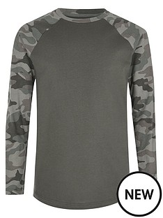 river-island-boys-camouflage-raglan-sleeve-t-shirt