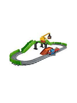 Thomas & Friends Thomas &Amp Friends Adventures Reg At The Scrapyard Playset