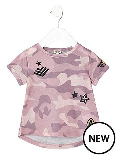 river-island-mini-mini-girls-pink-camo-print-badge-t-shirt