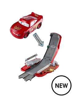 cars-cars-transforming-lightning-mcqueen-playset