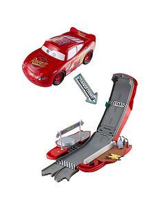 disney-cars-cars-transforming-lightning-mcqueen-playset