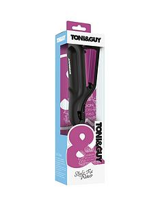toniguy-make-waves-with-the-handbag-sized-toniampguy-style-fix-waver
