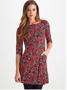 joe-browns-red-roses-tunic