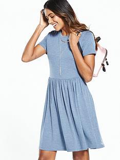 v-by-very-short-sleeve-jersey-day-dress