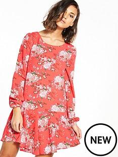 glamorous-drop-hem-printed-dress