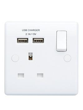 British General   White Single Switched Socket With X2 Usb Sockets 3.1A