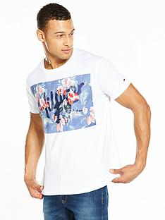 tommy-jeans-printed-logo-t-shirt