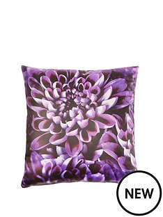 laurence-llewelyn-bowen-chrysanthemum-cushion