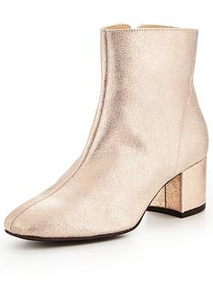 v-by-very-metallic-leather-ankle-boot-pink