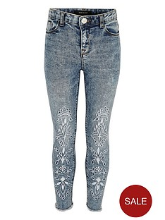 river-island-girls-blue-acid-wash-amelie-embroidered-jeans