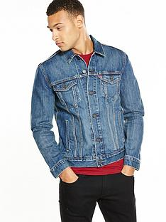 levis-the-trucker-denim-jacket