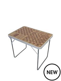 regatta-camping-games-table