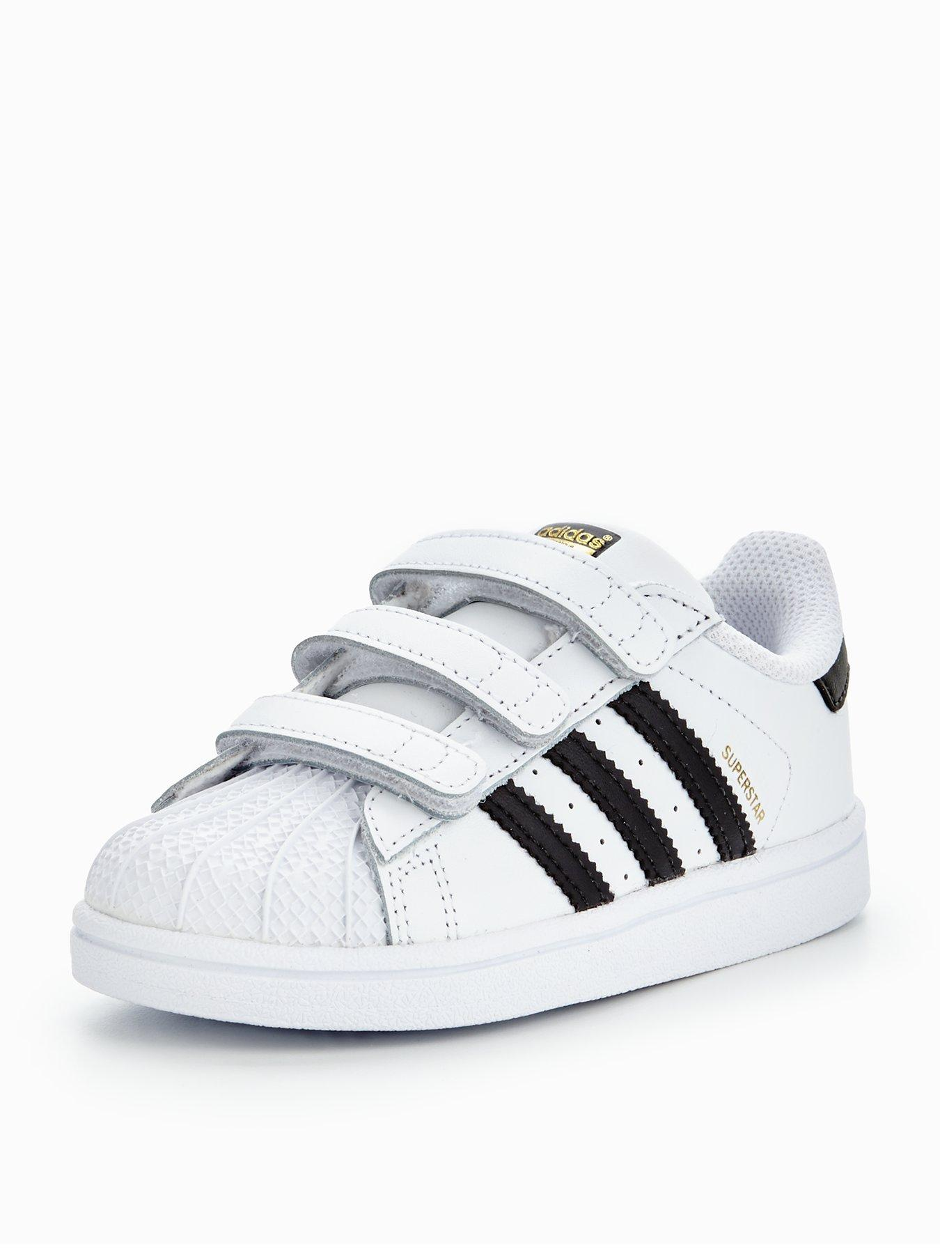childs adidas trainers