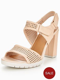 clarks-clarks-pastina-estate-sporty-heeled-sandal