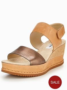 clarks-akilah-haze-leather-wedge-sandal