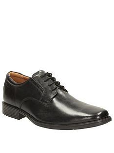 clarks-tilden-plain-lace-up-shoe